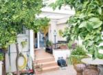 House_Son Espanyolet_in_Palma_garden