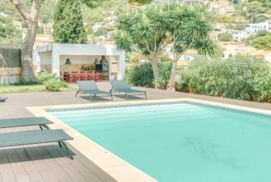 Villa mit Pool in Genova