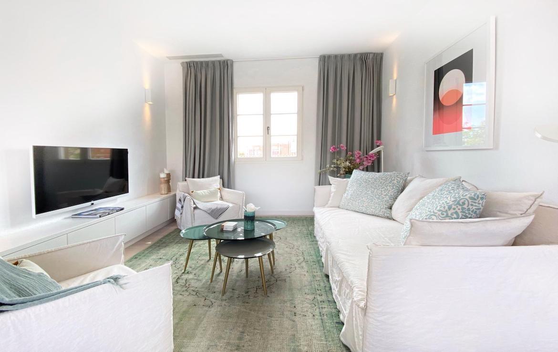 renovated apartment in santa catalina